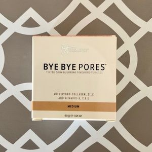 It Cosmetics Bye Bye Pores Skin Blurring Powder